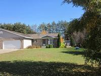 3422 Rosewood Dr